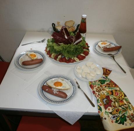 B&B Andy Florence: Наш завтрак.Готовили сами.Рынок рядом.