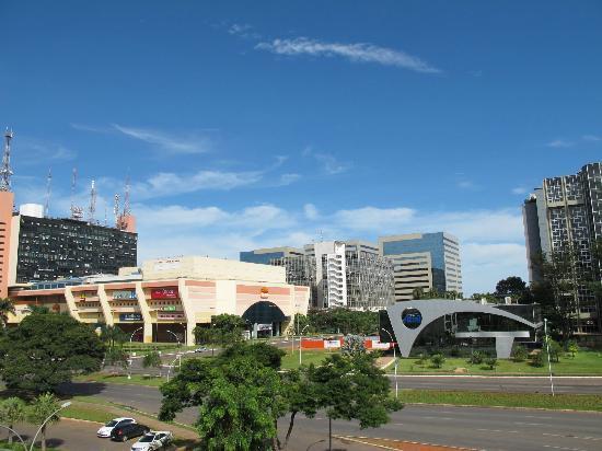 Brasilia Imperial Hotel e Eventos: Vista da varanda do apto