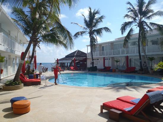 Decameron Boutique Los Delfines: Härliga poolområdet