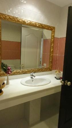 Jamahkiri Resort & Spa: Bathroom
