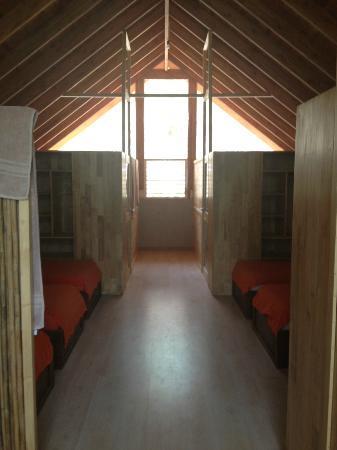 4 You Hostal: Dormitory