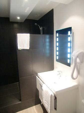 Hotel Le Lichen : Bathroom