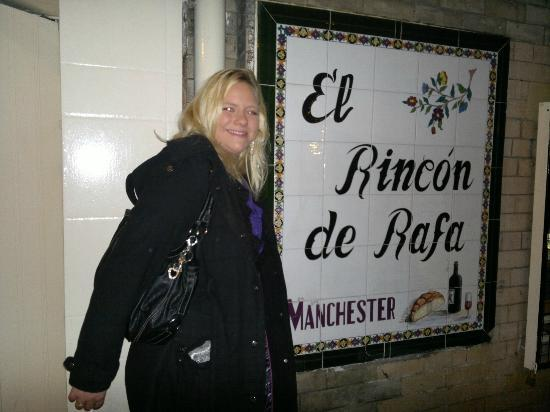 El Rincon de Rafa: this was before we went in...nice tiles though...bit hard to find