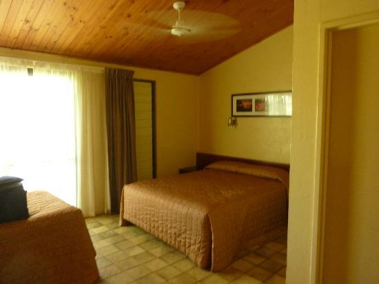Cooinda Lodge Kakadu: Bedroom