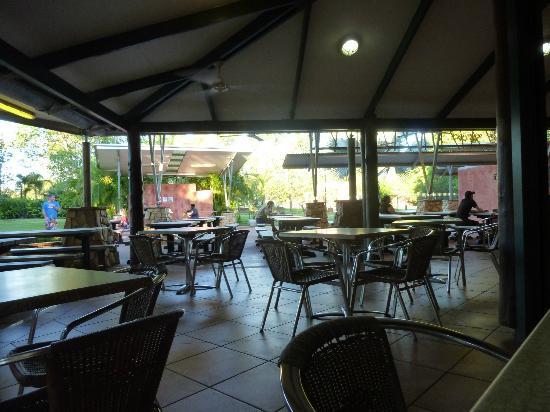 Cooinda Lodge Kakadu: Bistro area