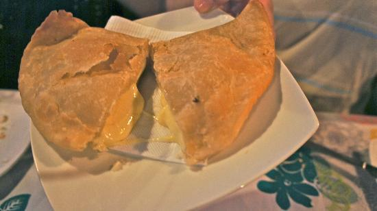 Restaurant Manuia: Cheese Empanada