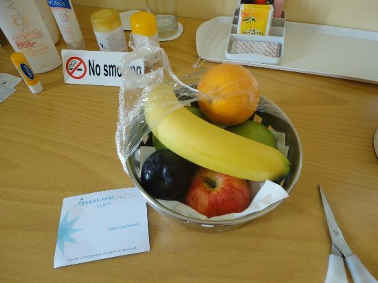 Arabian Park Hotel: complimentary basket of fruit