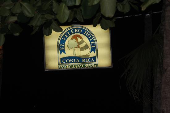 El Velero Restaurant: Sign you will spot walking down beach