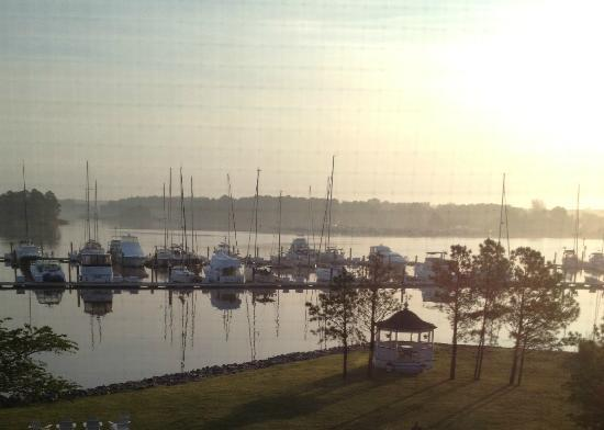 The Inn at Osprey Point: Early morning view from the inn