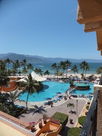 Sunscape Puerto Vallarta Resort & Spa: The view from my room, 6th floor, room 609