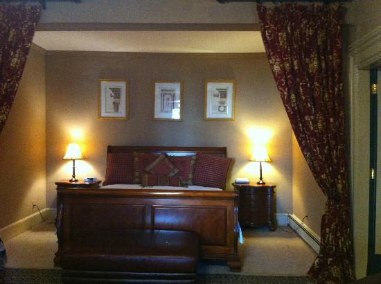 Bayberry Inn of Newport: King Bed