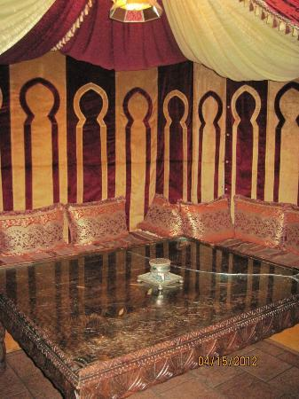 Kasbah Grill: Sitting Area