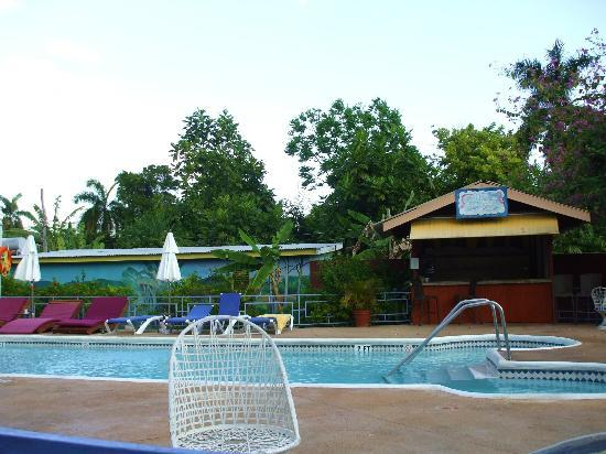 Toby's Resort : Swimming pool