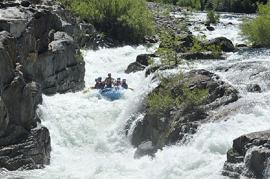 Tributary Whitewater Day Tours - Middle Fork American River Rafting: Ariel view of the Tunnel Chute Rapid!!