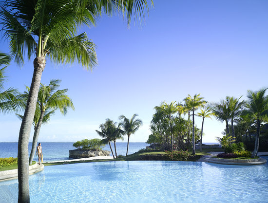 Shangri-La's Mactan Resort & Spa: Ocean Wing Infinity Pool
