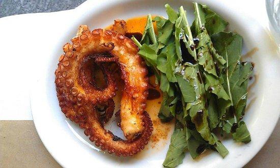 LAMPUGA CONDESA: Grilled Octopus