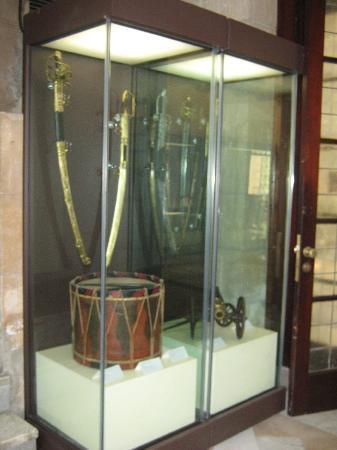 Museo Napoleonico : Tambor y espadas de Napoleón