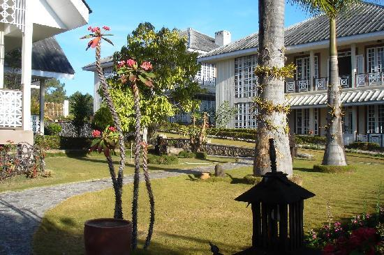 Pine Hill Resort, Kalaw: More grounds and buildings