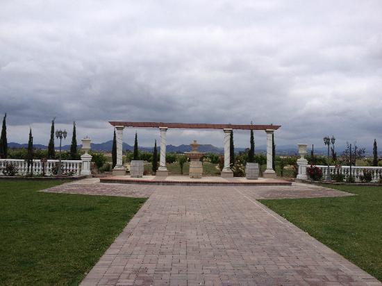 Mount Palomar Winery: area where they have weddings