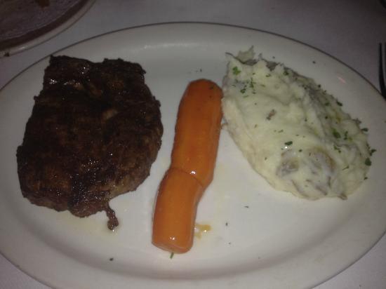 Bob's Steak & Chop House : Ribeye, glazed carrot, and mash potatoes