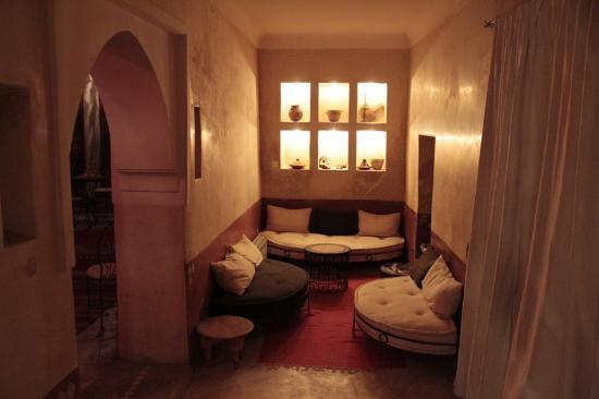 Riad les Inseparables: Within the riad to relax and read