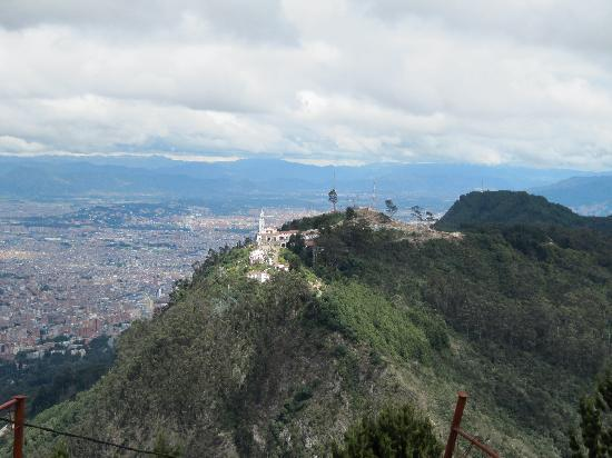 "Cascada La Chorrera: ""A soli 45 minuti di traffico,rumore e smog di Bogotà, è un rifugio di tranquillità"""