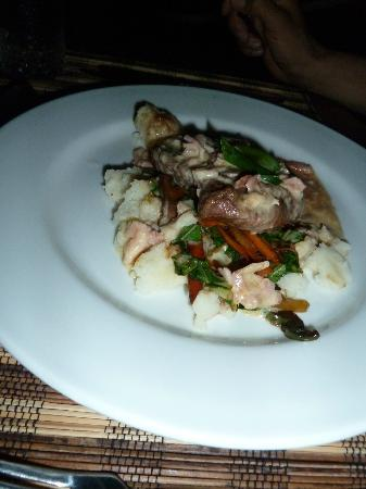 Wellesley Resort Fiji: cold dinner