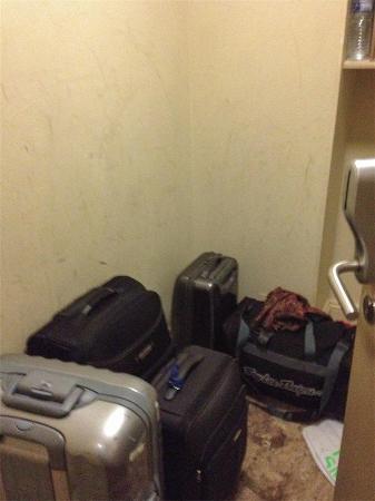 Comfort Inn London - Edgware Road: habitación para maletas