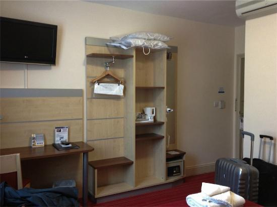 Comfort Inn London - Edgware Road: ¿Armario?