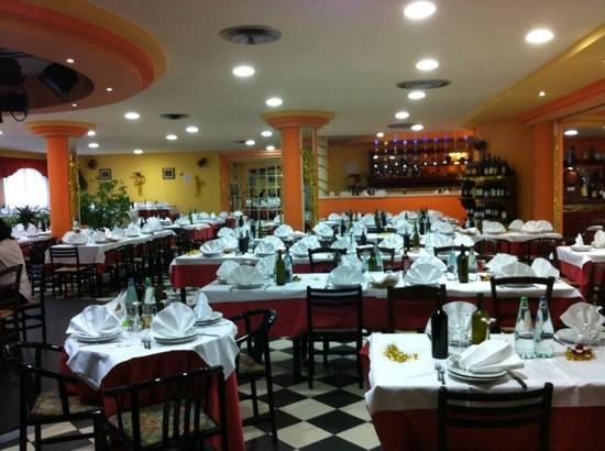 Fornaci di Barga, Italië: interno il Bugno ristorante