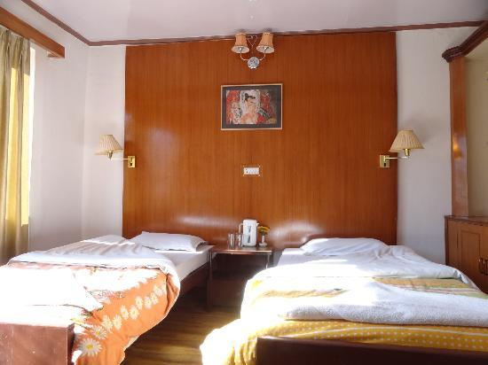Hotel Asia: nice rooms 302