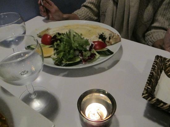 Mosaic Restaurant: crepe de espinacas