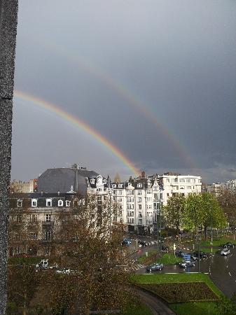 Eurostars Montgomery: doppio arcobaleno dalla camera dell'hotel.