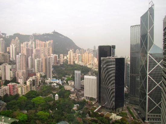 Island Shangri-La Hong Kong: Vistas desde la habitación, planta 47.