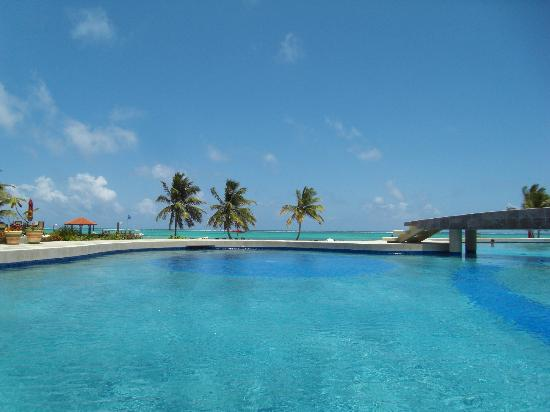 Grand Caribe Belize Resort and Condominiums: Pool