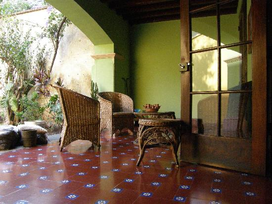 Casa Carmel: patio