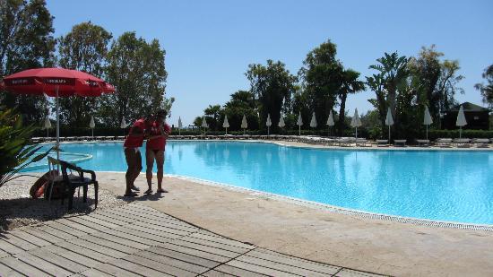VOI Arenella resort: swimming pool