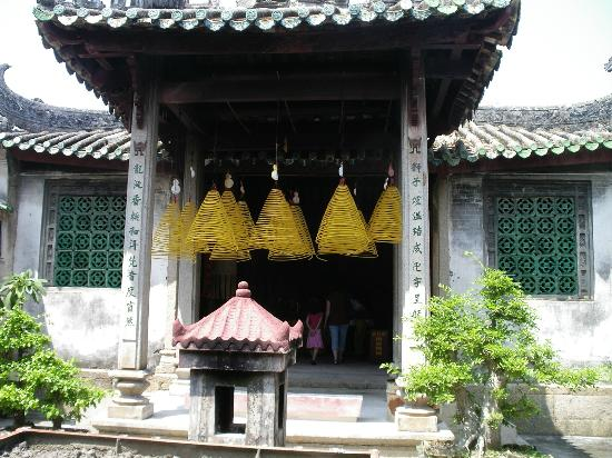 the Tangs' Ancestral Temple