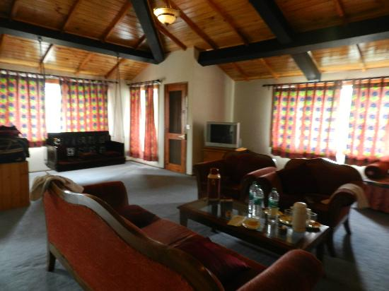 Honeymoon Inn Manali : sleeping area