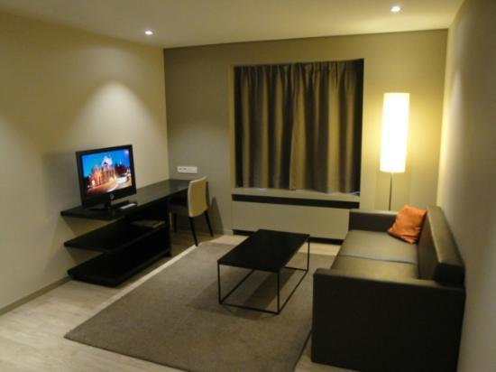 Aparthotel Castelnou: Sittingroom