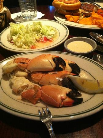 Joe's Seafood, Prime Steak & Stone Crab: Stone crab claws - Excellent!