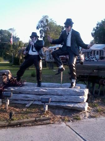 Two Rivers Inn: The Blues Brothers welcome you!! :)