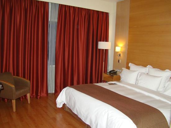 BAH Barcelona Airport Hotel: Habitacion