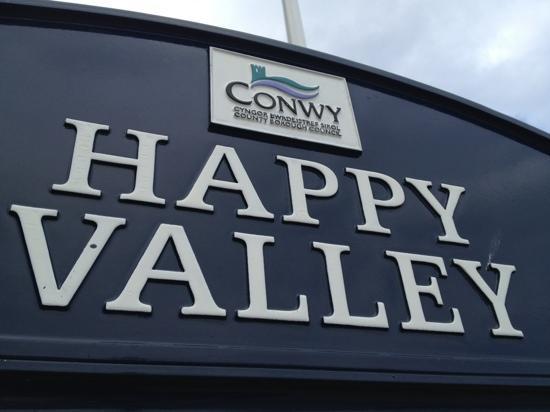 Happy Valley Gardens: Signage