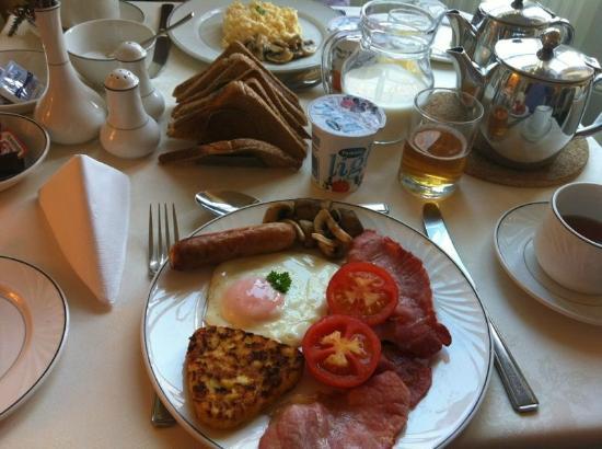 Sonas Guest House: Desayuno delicioso!!!!