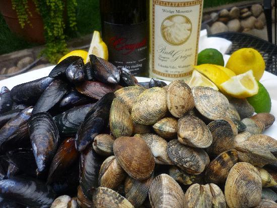 Shakti's: Fresh Shellfish
