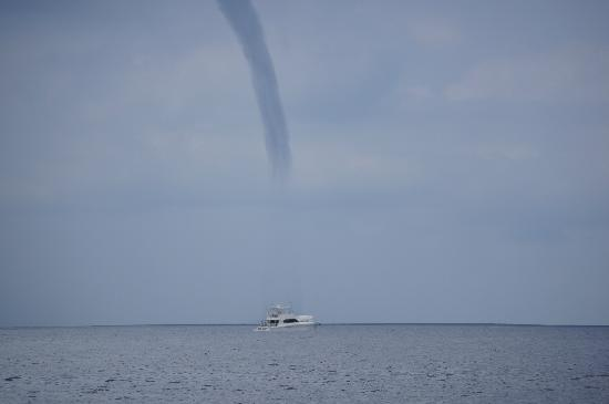 Quepos, Costa Rica: WATER SPOUT