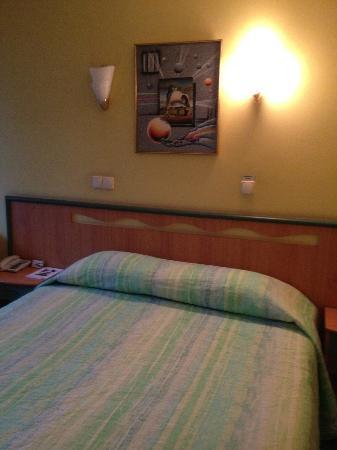 Marins Park Hotel: Кровать