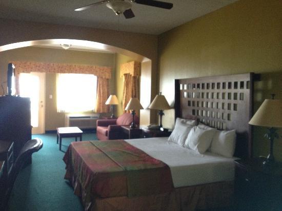 La Copa Inn Beach Hotel The Room