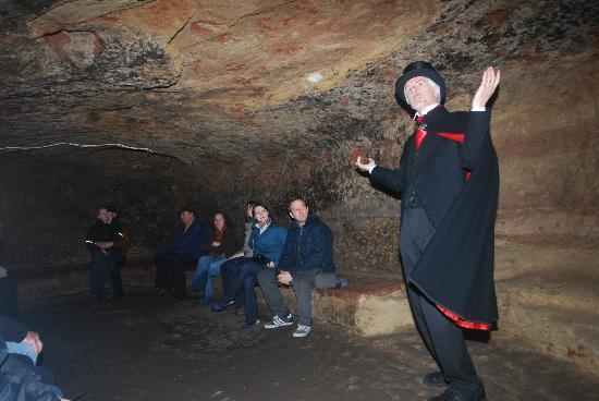 Nottingham Heroes & Villains Tour: Underground with the Heroes and Villains Tour